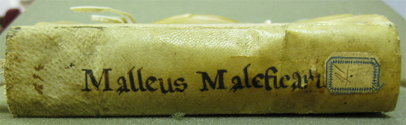 Malleus spine - a manual for hunting witches